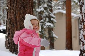 girl snowball